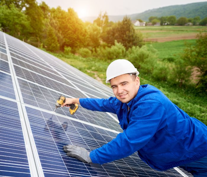 technician for go solar in Florida services